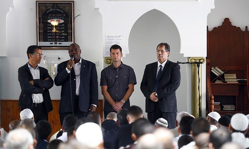 French Muslim blasts extremists at Friday prayer with Christians
