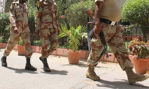 لاڑکانہ میں رینجرز چوکی پر بم حملہ، ایک اہلکار ہلاک