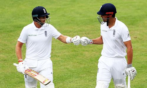 Cook, Root will be top targets for Pakistan in third Test: Sarfraz