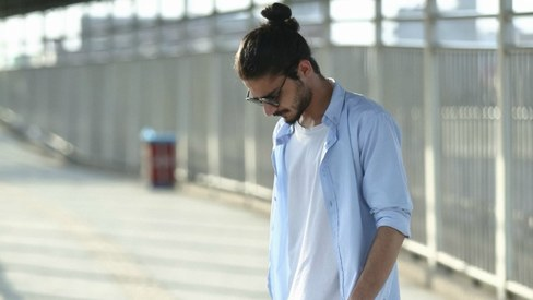 The Pakistani man's guide to rocking the normcore look in 8 simple steps