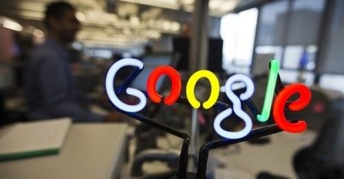 Google executive quits self-driving car project