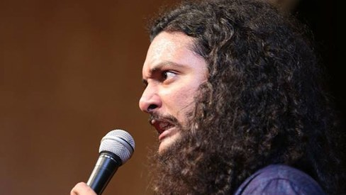 Of curly haired comedy and straight up laughter - that time when Akbar Chaudry took the stage