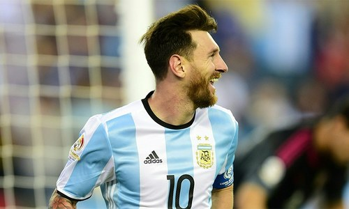 'It is not down to Messi to solve everything': Argentina head coach