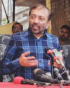 MQM in uncharted waters as Sattar ditches Altaf
