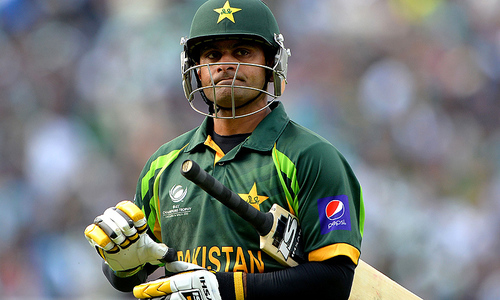 Hafeez ruled out of England ODIs due to calf injury
