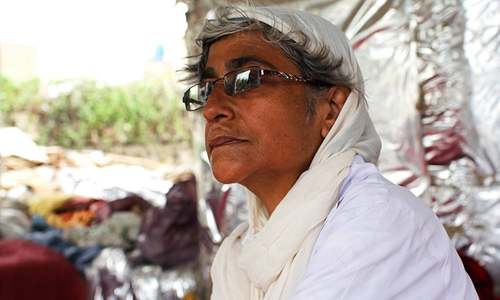 This woman has made it her mission to transform Karachi's garbage into houses