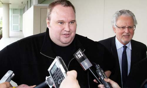 Founder of Megaupload sites Kim Dotcom wants live streaming of extradition appeal