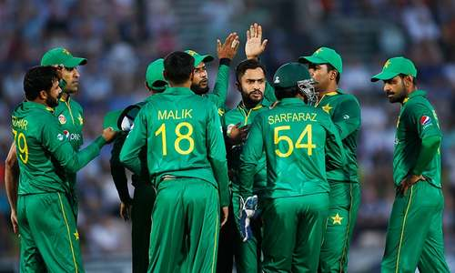 Third ODI: England win toss, Pakistan bowl first in must-win game