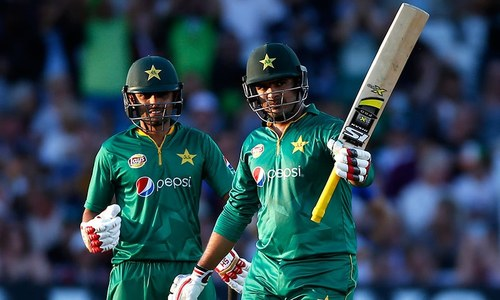 Sharjeel departs after quickfire fifty as Pakistan lose three in pursuit of 445