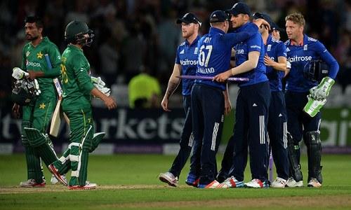 England were still 20 to 30 runs short, says Rashid Latif