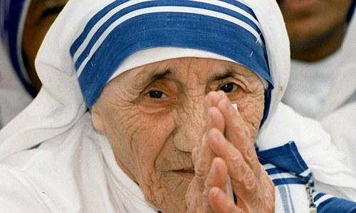 Mother Teresa declared a saint by Pope Francis