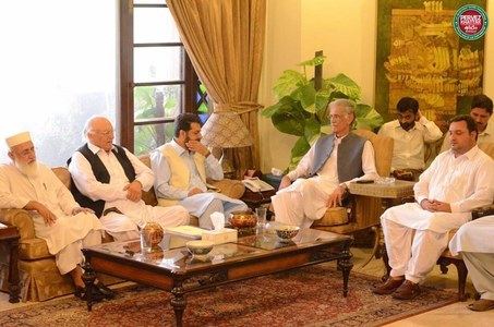 Khattak seeks Fata-KP merger before 2018