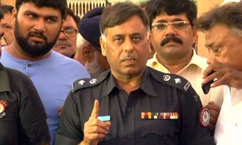 MQM's Khawaja Izhar is called chief of target killers: SSP Rao Anwar