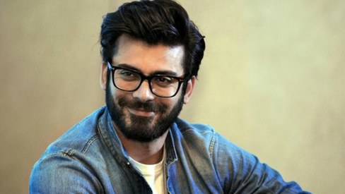 Indian journalist writes open letter to Fawad Khan, tells him to return to Pakistan
