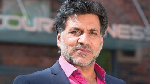 Pakistan-born actor sacked from British TV show after tweeting hateful slurs against India