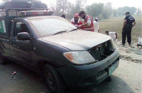 Six cops among 11 injured in Charsadda blast