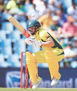 Bailey, Hastings help Aussies post 294-9