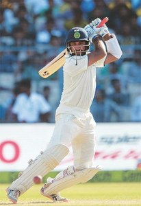 New Zealand bowlers restrain India in Kolkata