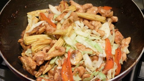 Here's how to make the perfect Asian chicken wok fry