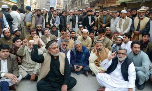 Traders refuse to  close shops on Muharram 9 despite police directives
