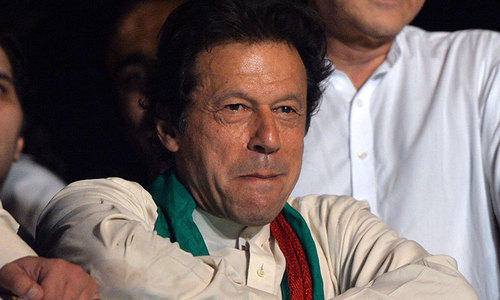 Nawaz will be responsible if 'third-party' steps in after protest: Imran