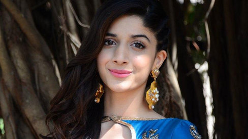 Mawra Hocane's first look as Sammi is out!