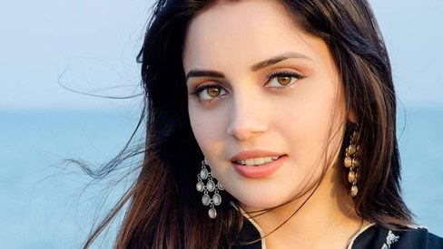 I'm excited to work with Javed Sheikh and Samina Peerzada, says Armeena Khan