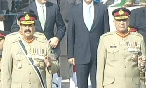 Gen Raheel Sharif and Gen Bajwa entring the ceremony. — DawnNews