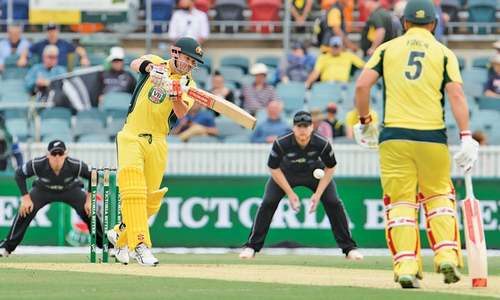 Ton-up Warner helps Australia reclaim trophy