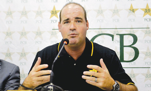 Pakistan's 'bowling weapons' to trouble Australian batsmen, says coach Mickey Arthur