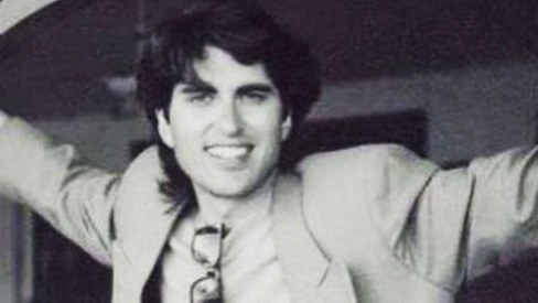 9 of our favourite Junaid Jamshed tracks from his singing days