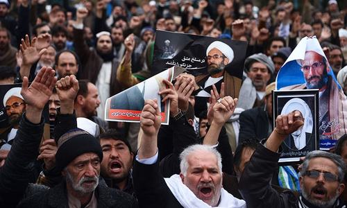 Thousands of Shias protest against IS in Afghanistan