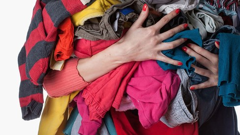 What's the best way to recycle used clothes in Pakistan?