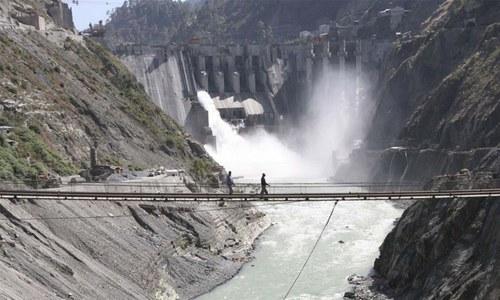Govt plans 10-paisa per unit surcharge to cover Neelum-Jhelum cost overruns