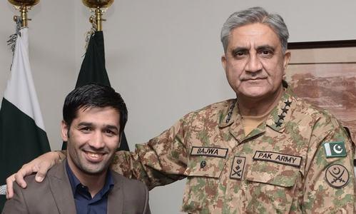Gen Bajwa praises Boxer Muhammad Waseem's outstanding achievements