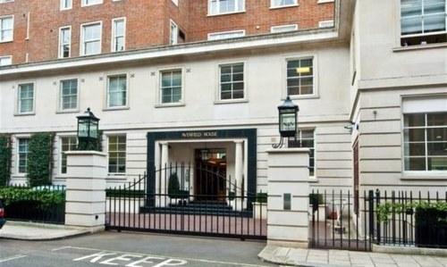 Sharif family's Park Lane flats purchased in 1990s, report reveals