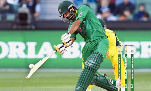 Babar leads Pakistan to 263-7 in ODI vs Australia