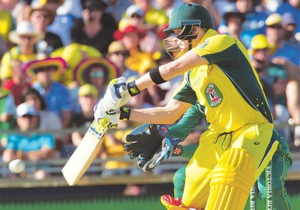 Smith, Handscomb crush sloppy Pakistan