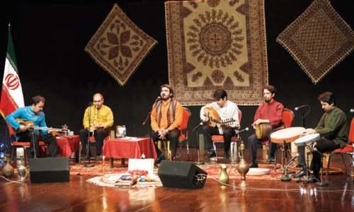 Festival marks Iranian revolution anniversary