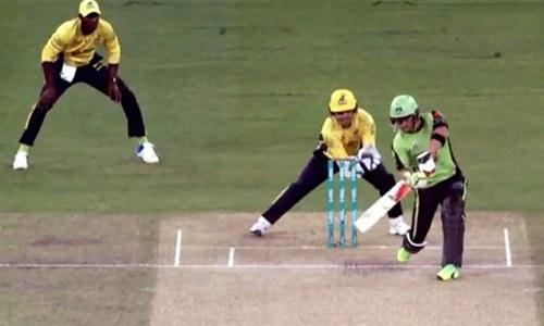 PSL 2017: Zalmi defeats Qalandars by three wickets