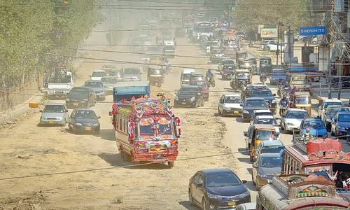 Karachi development works, encroachments blamed for traffic ills