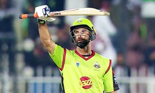 PSL 2017: Qalandars clinch victory after Akmal's stand