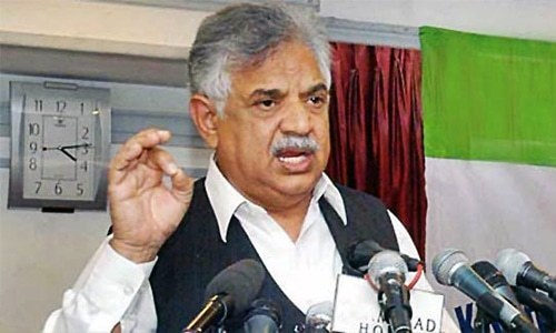 KP governor backtracks after favouring talks with Taliban