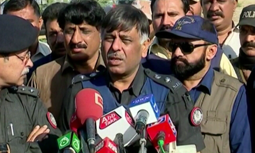 TTP commander, 8 militants killed in Karachi police 'encounter': SSP Rao
