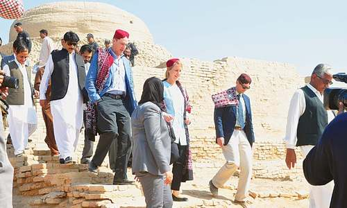 US diplomats impressed by existence of 'college' in Moenjodaro
