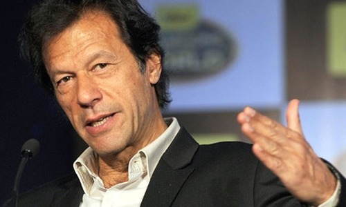 Closure of Pak-Afghan border building into humanitarian crisis: Imran