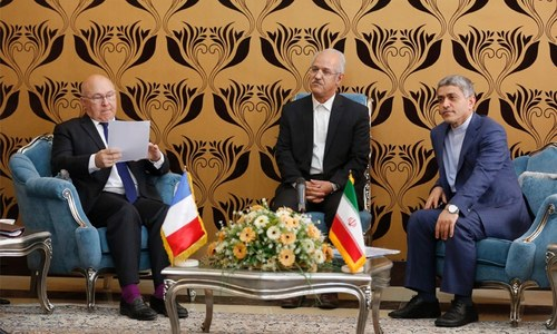 France to encourage banks to work with Iran