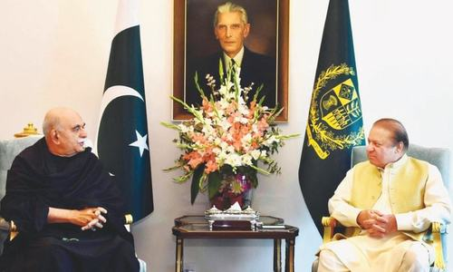 Achakzai, Fazl meet PM day after opposing military court bills