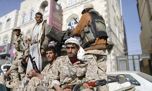 Iran steps up support for Houthis in Yemen's war