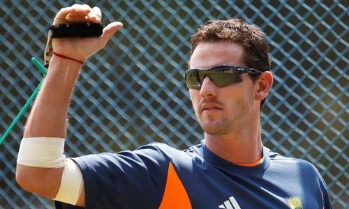 Australia paceman Tait announces retirement
